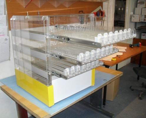 Egyedi display gyártás