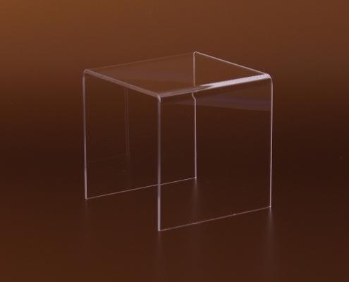 Négyzet alakú plexi termékállvány