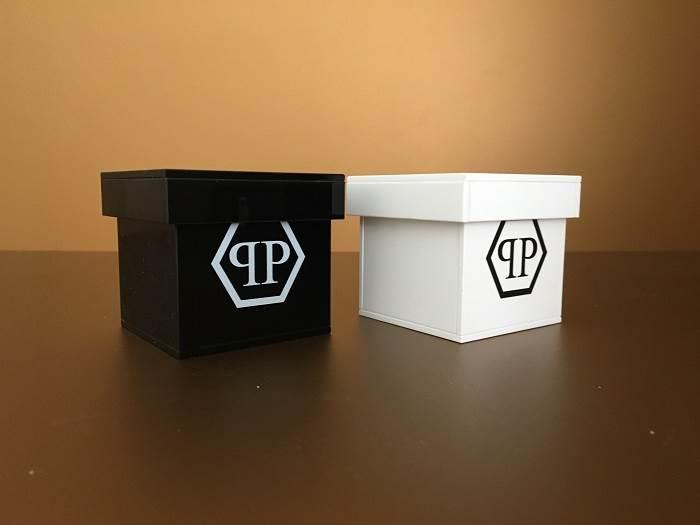 Egyedi gyártású burák és dobozok