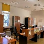 Plexi védőfal recepcióra és üzlethelyiségekbe